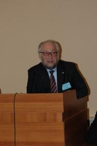 А.М. Асхабов на открытии конференции